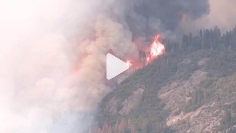 بالفيديو.. حرائق كاليفورنيا تواصل الانتشار واستنفار فرق الإطفاء