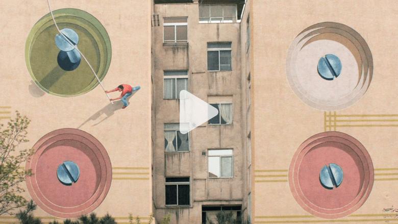 رسّام يحول جدران طهران إلى لوحات فنية استقطبت اهتمام العالم