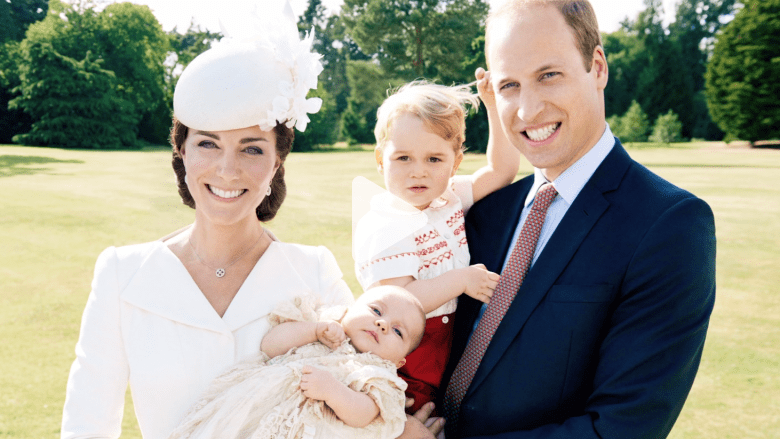 لندن تناشد الإعلام لوقف مطاردة الأميرين جورج وتشارلوت بالصور: دعوهما يعيشان الطفولة