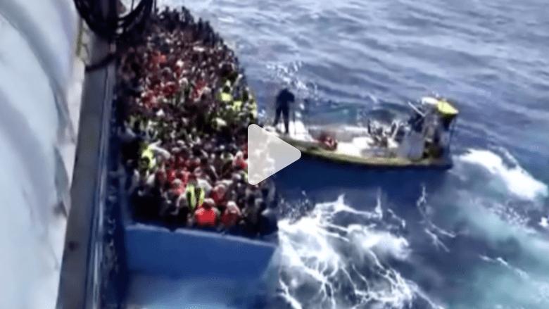 بالفيديو.. خفر السواحل السويدية ينقذ 569 مهاجرا من قاربين