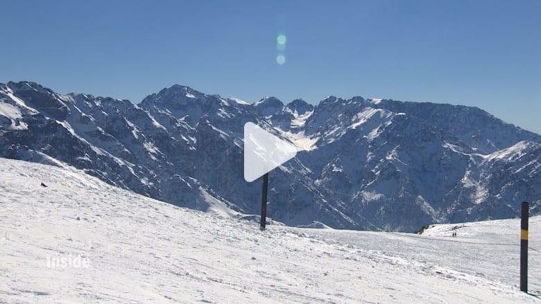 بالفيديو: متعة التزلج على أعلى قمة جبلية في المغرب