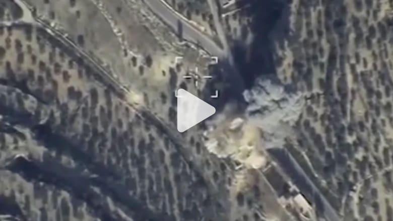"""شاهد.. لحظة استهداف المقاتلات الروسية لمركز قيادة تابع لـ """"داعش"""" في إدلب"""