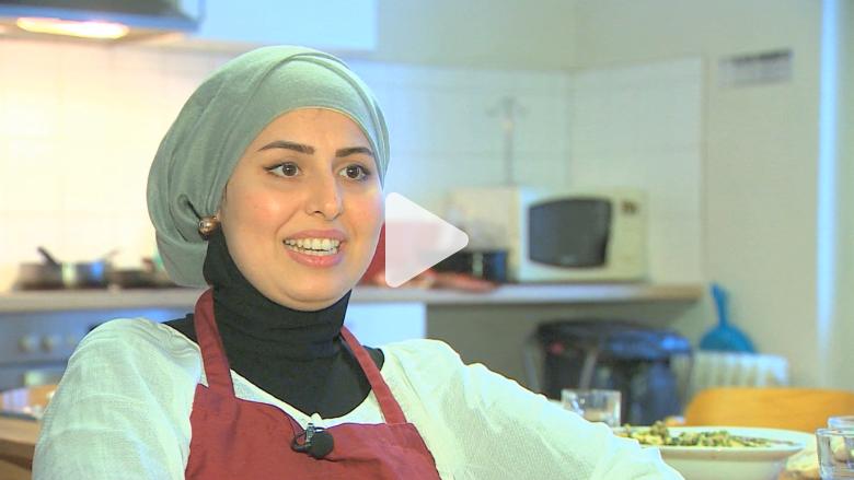 بالفيديو: ملكة المطبخ السورية تعيد بدء حياتها في ألمانيا