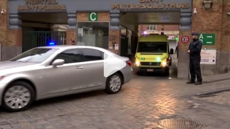 شاهد.. صلاح عبدالسلام يغادر المستشفى.. وبلجيكا: كان مستعدا لهجمات جديدة وضبطنا أسلحة ثقيلة