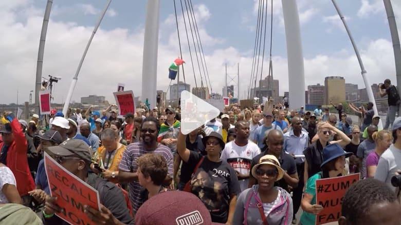 بالفيديو: رئيس جنوب أفريقيا يعتذر عن فضيحة تجديد منزله الخاص بحوالي 15 مليون دولار من أموال الدولة