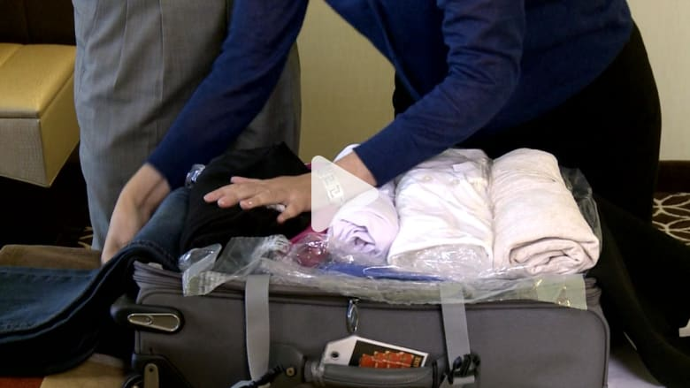 كيف توضب حقيبتك للسفر بطريقة ذكية وعملية؟ إليك نصيحة الخبراء