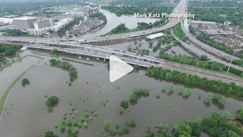 بالفيديو: مشاهد مذهلة التقطتها طائرة بدون طيار لفيضانات تكساس