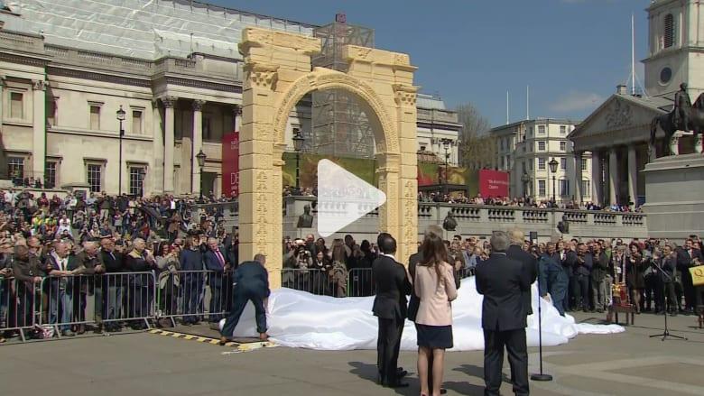 قوس النصر لتدمر يصعد مجدداً في لندن.. والمدير العام للآثار والمتاحف السورية: الحفاظ على التاريخ مسؤولية مشتركة
