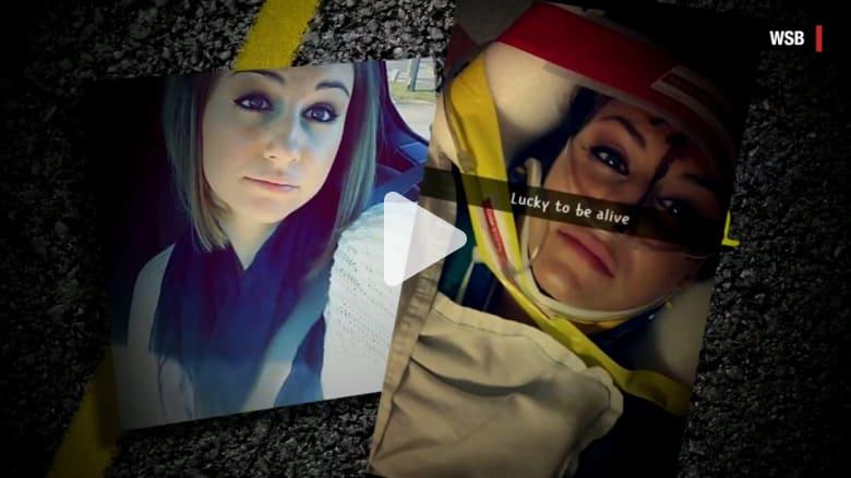 """بالفيديو: شابة تعرض حياتها للخطر باستخدام """"سناب تشات"""" أثناء القيادة.. وإصابة دائمة في الدماغ لأحد الضحايا"""