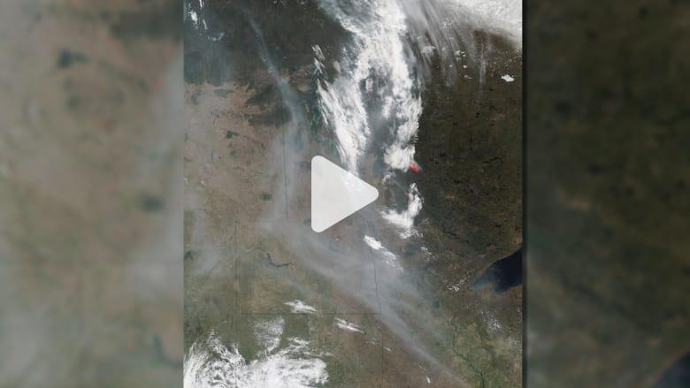 الأقمار الصناعية تلتقط صورا من الفضاء لدخان الحرائق في كندا
