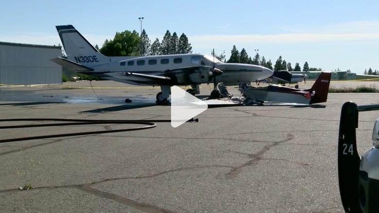 شاهد.. طائرة تصطدم بأخرى خلال هبوط صعب في مطار بكاليفورنيا