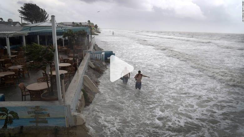 شاهد.. فلوريدا تستعد لإعصار كولن