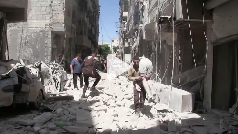 بالفيديو: المشاهد الأولية بعد غارات جوية على أحياء بحلب