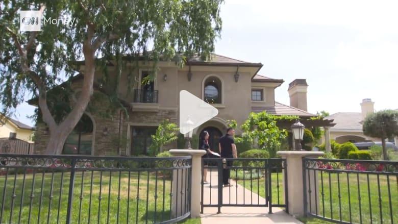 600 قصر في بلدة أمريكية تجذب أثرياء الصين