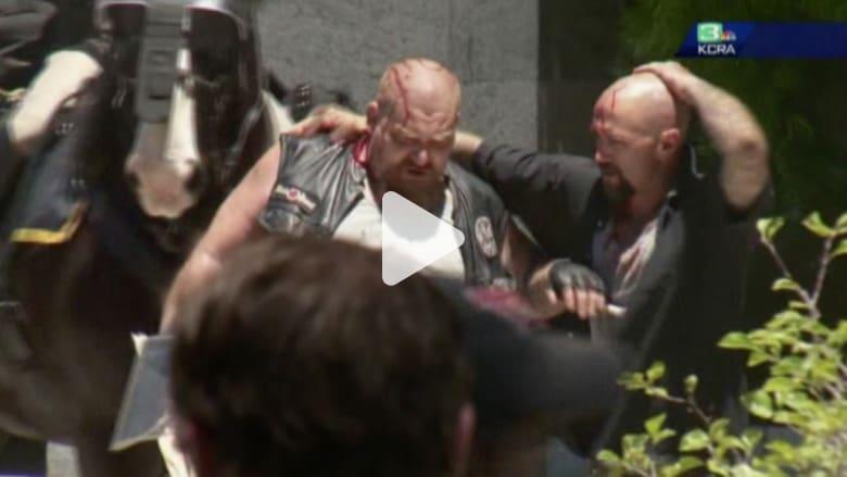 بالفيديو: طعن 5 أشخاص على الأقل خلال مسيرة في كاليفورنيا
