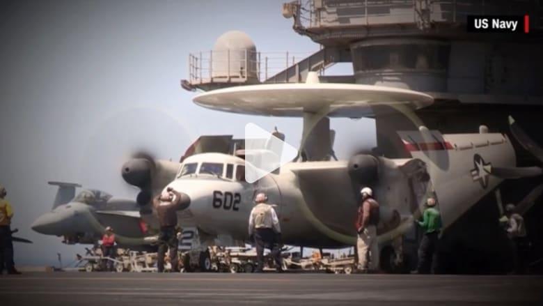 البحرية الأمريكية تنشر فيديو لحادث طيران على متن حاملة الطائرات دوايت إيزنهاور