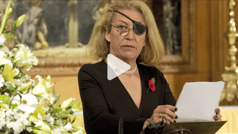 بالفيديو: عائلة الصحفية ماري كولفين تحاكم الحكومة السورية بتهمة استهدافها في حمص