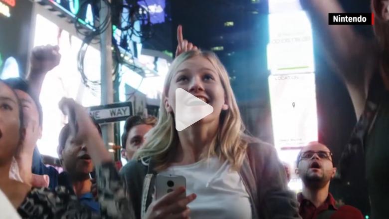 """بالفيديو: ما هي القوانين التي تمنعك أو تسمح لك بمقاضاة """"بوكيمون غو"""" في حال الضرر؟"""