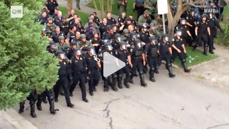 بالفيديو: كيف اختلف مظهر الشرطة الأمريكية مع الوقت