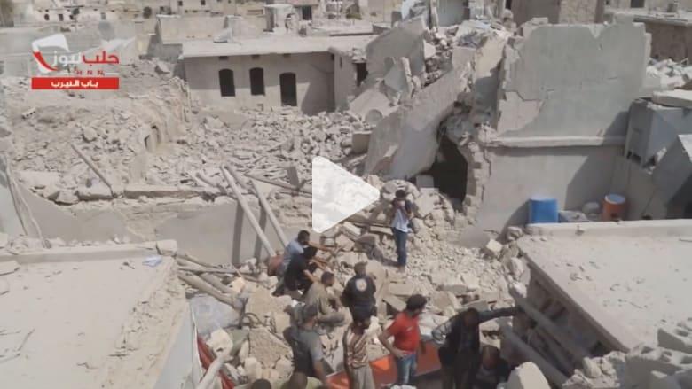 المرصد السوري: مقتل 11 طفلا و4 نساء في قصف بالبراميل المتفجرة على حلب
