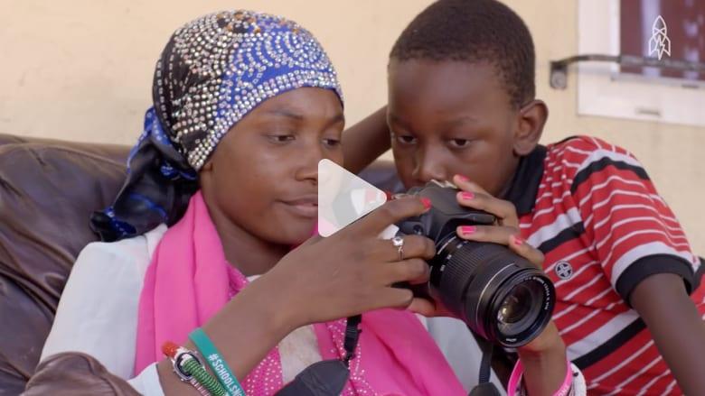 لاجئة صومالية تروي قصة حياتها من خلال عدسة الكاميرا