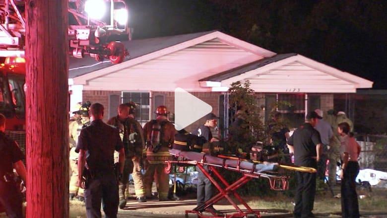 أمريكا: باب موصود وقضبان على النوافذ حالت بين عمال الإنقاذ و10 أشخاص عالقين بمنزل التهمته النيران