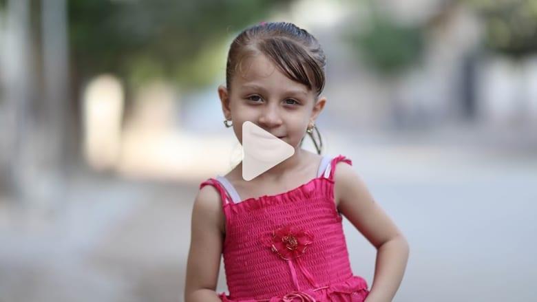 "CNN في ""مخيم الشاطئ"" للاجئين.. رسائل حب تعكسها ابتسامات الأطفال"