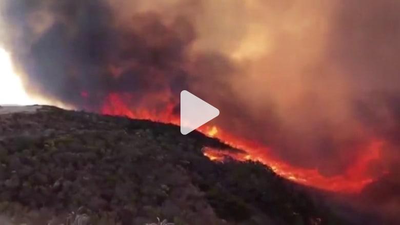 حريق في غابة قرب قاعدة فاندنبرج الجوية بأمريكا