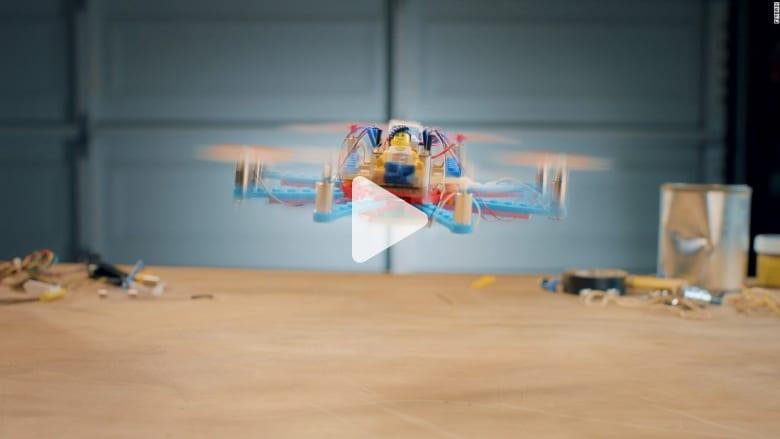 """موضة جديدة في عالم الطائرات الموجَّهة.. اصنعها من """"الليغو"""""""