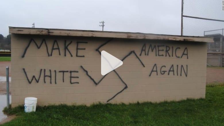 """أمريكا.. تصاعد جرائم الكراهية والعنصرية بعد الانتخابات: """"اجعلوا أمريكا بيضاء مجدداً"""""""