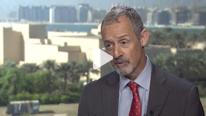 السفير البريطاني في اليمن: أرى مؤشرات متعددة على انقسامات بين الحوثيين وصالح