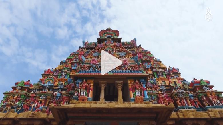 معبد هندوسي بكل الألوان بُني من 700 عام لتهدئة الأرواح الضالة