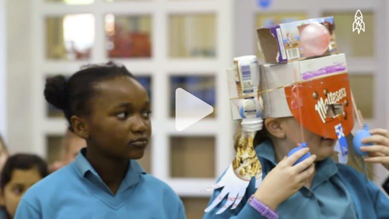 أفكار المستقبل في مخيلة أطفال صغار