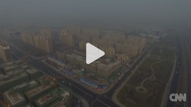 شاهد.. دخان ضخم يثير الفوضى في الصين