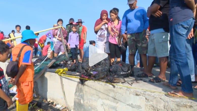 مقتل ما لا يقل عن 23 شخصاً إثر احتراق عبّارة في إندونيسيا