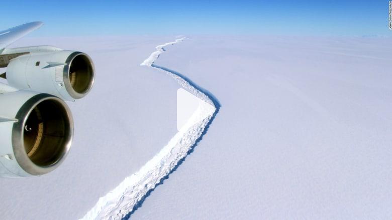 مخاوف من انفصال جبل جليدي عملاق في القطب الجنوبي قريباً