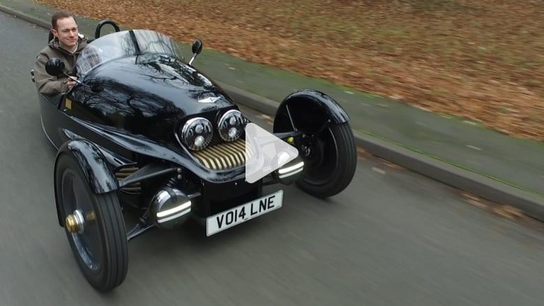 سيارة مكشوفة بثلاث عجلات لا تصدر انبعاثات كربونية