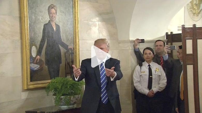 لوحة لهيلاري كلينتون تطارد ترامب داخل البيت الأبيض