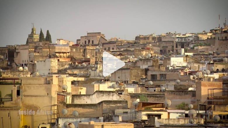 شاهد ماذا يعمل هذا الرجل لحماية فاس المغربية.. أقدم مدينة في العالم