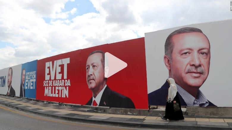 استطلاع لشبكتنا لآراء المواطنين الأتراك حول الاستفتاء