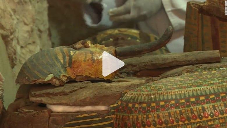 مصر: اكتشاف 8 مومياوات وتوابيت وتماثيل تعود إلى 3500 عام