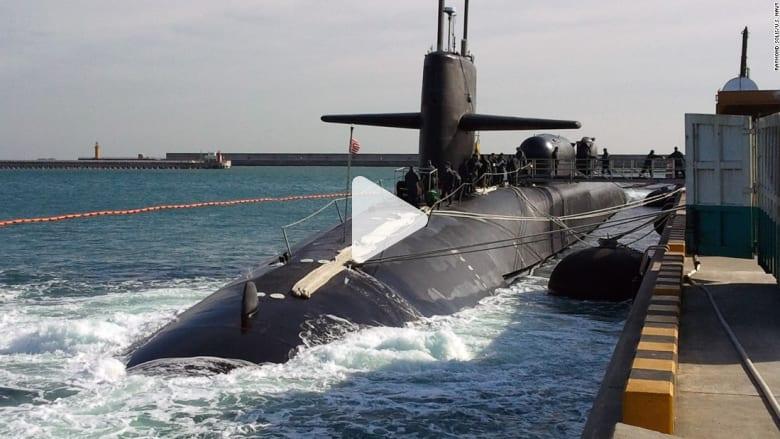 وسط التوتر سبب كوريا الشمالية.. الغواصة الأمريكية ميشيغان تصل كوريا الجنوبية