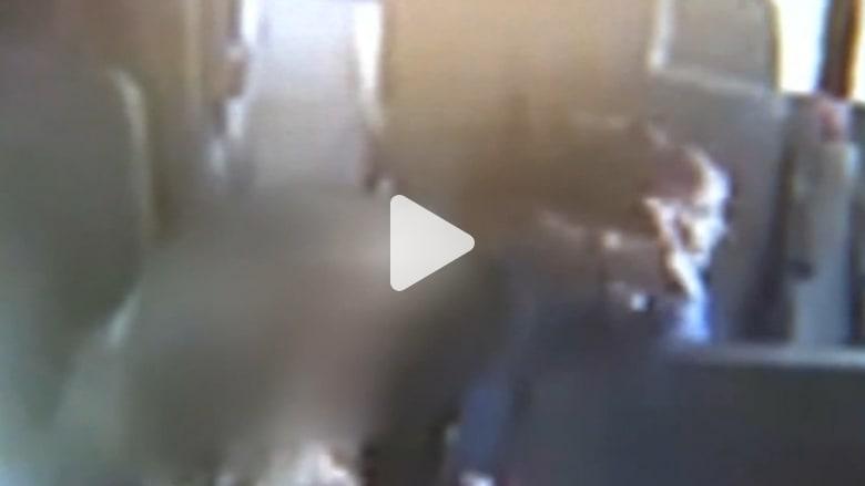 طفلة مصابة بالتوحد تُضرب من قبل مشرفة حافلة مدرسية