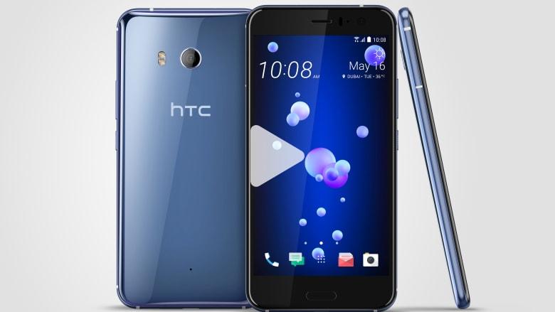 """تعرفوا على هاتف """"HTC"""" الجديد القابل للعصر!"""