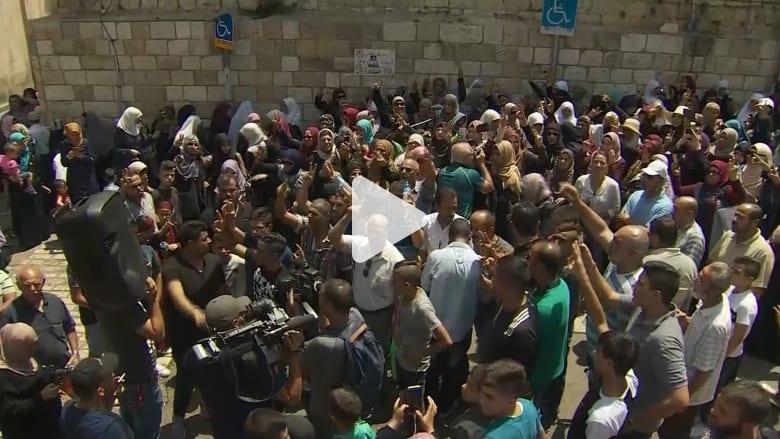 احتفالات فلسطينية بإلغاء الإجراءات الإسرائيلية حول الأقصى