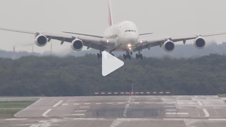 شاهد.. طائرات عملاقة في عمليات الهبوط الأكثر رعباً