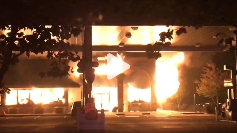 من كاميرا رجل إطفاء.. نظرة نادرة من داخل حرائق كاليفورنيا