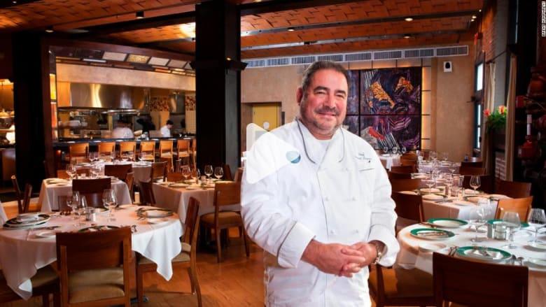 """بام! هذا هو إلفيس بريسلي """"عالم الطهي"""""""