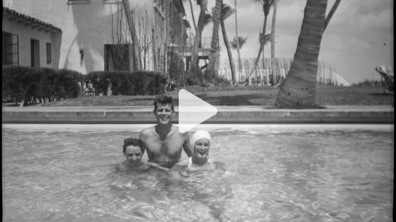 شاهد صور نادرة داخل الحياة الخاصة لعائلة جون كينيدي