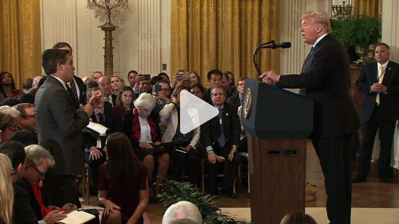 ترامب يهاجم مراسل CNN.. وزميله يدافع عنه